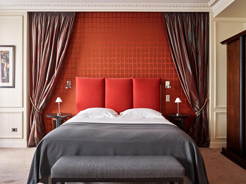 Hotel de la tremoille five star spa hotel paris